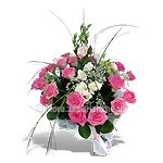 Букет из белых и розовых цветов